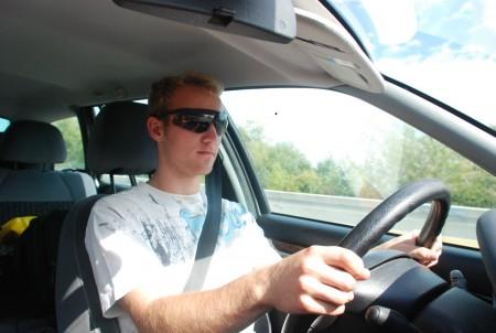 Fersk sjåfør med 14dagars setifikat, imponera med kjøyringa si!