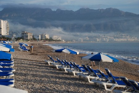 Morgonsteming i dag 14. oktober - langs stranda mot Altea.