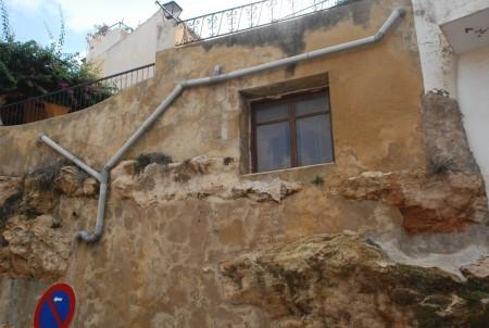 Var dette eitt hus eller eit fjell med vindu?