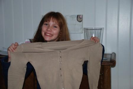 Ylva har fått ein genser frå Kitty Karina...